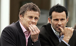 Ole Gunnar Solskjaer (left) and Ryan Giggs