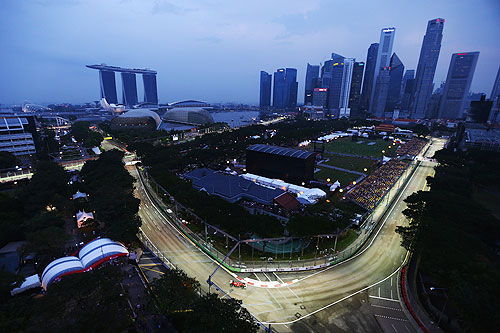 Fernando Alonso of Spain and Ferrari drives during practice for the Singapore Formula One Grand Prix at the Marina Bay Street Circuit on September 21, 2012 in Singapore