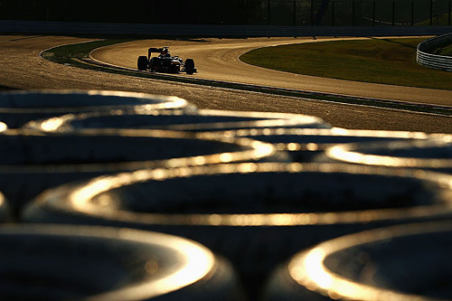 Sebastian Vettel of Germany and Red Bull Racing drives on his way to winning the Japanese Formula One Grand Prix at the Suzuka Circuit on October 7, 2012 in Suzuka, Japan