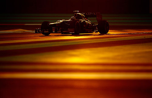 Kimi Raikkonen of Finland and Lotus drives during the Abu Dhabi Formula One Grand Prix at the Yas Marina Circuit on November 4, 2012 in Abu Dhabi, United Arab Emirates