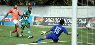 Action from the I-League match between Sporting Clube de Goa and Salgaocar