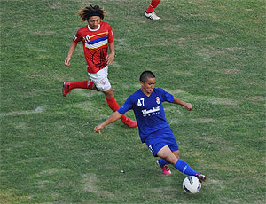 Churchill Brothers' Sunil Chhetri in action against ONGC on Saturday