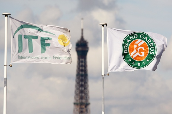 ITF and Roland Garros flag