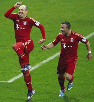 Bayern Munich's Xherdan Shaqiri (right) and Arjen Robben