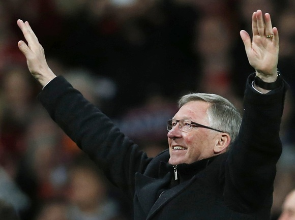 Ferguson steps down as Manchester United manager