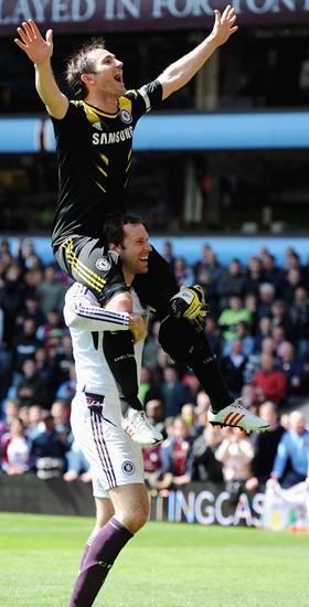 Two-goal Lampard breaks record as Chelsea win at Villa