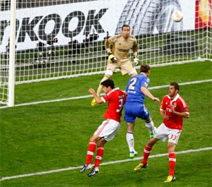 Late Ivanovic goal wins Europa League for Chelsea
