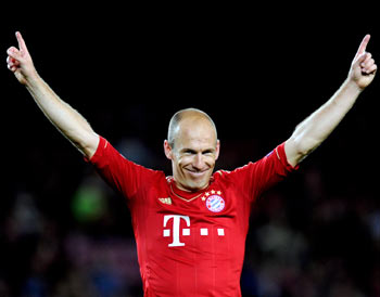 Rediff Sports - Cricket, Indian hockey, Tennis, Football, Chess, Golf - Bayern edge past Gladbach, Dortmund lose
