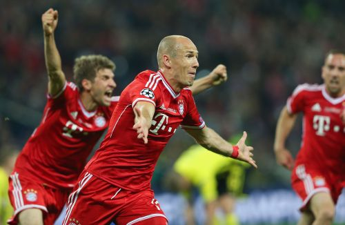 Arjen Robben of Bayern Muenchen celebrates after scoring a goal during the UEFA Champions League final match between Borussia Dortmund and FC Bayern Muenchen at Wembley Stadium