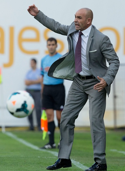 Head coach Paco Jemez of Rayo Vallecano de Madrid gives instructions