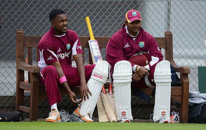Darren Bravo and Denesh Ramdin (right) of the West Indies