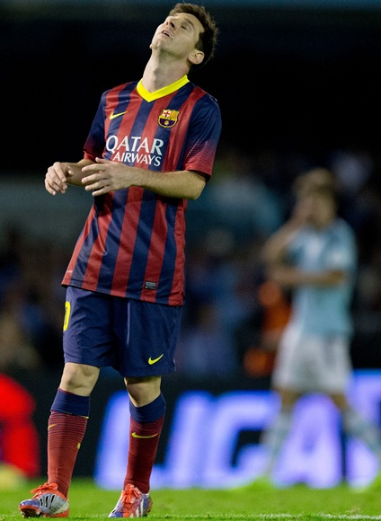 Lionel Messi of FC Barcelona reacts