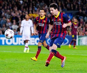 Messi scores Barcelona's third goal