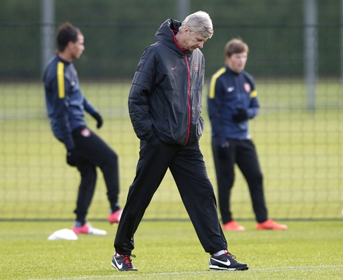 EPL Preview: Wenger feels serene before strange United trip