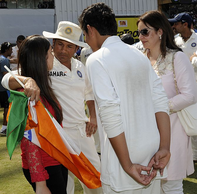Sachin is seen with his family as he gets ready to take a lap at the end of his career