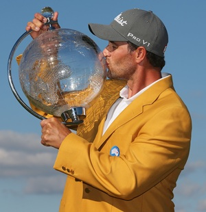Adam Scott wins 'Ugly' to defend Australian Masters