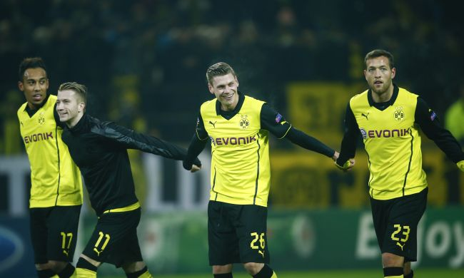 Borussia Dortmund's players celebrate after the match