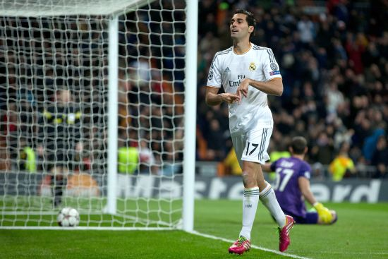 Alvaro Arbeloa celebrates after scoring