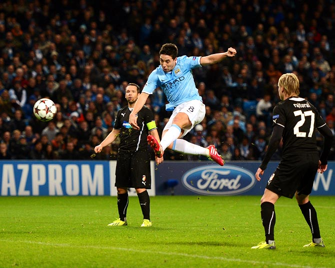 Samir Nasri scores the second goal for Manchester City