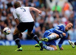 Chelsea striker Torres ruled out for three weeks