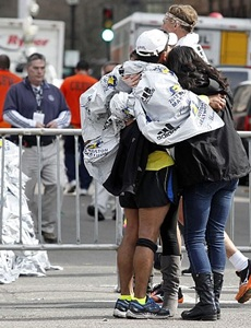 Security tightened for Chicago marathon after Boston attack