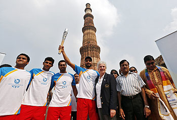 CWG 2014: Queen's Baton Rally at Qutub Minar