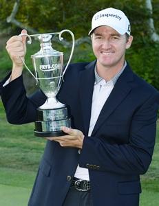 American Walker wins PGA Tour's season opener
