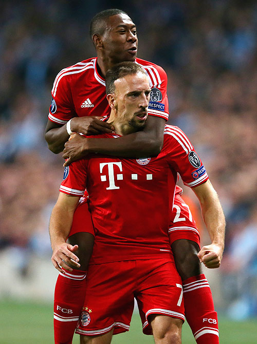 Bayern's Franck Ribery celebrates with David Alaba
