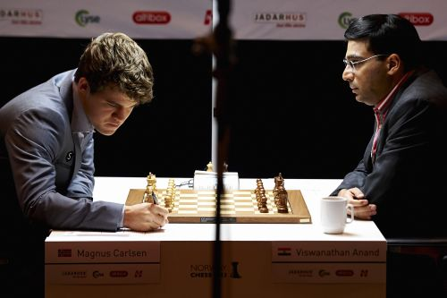 Magnus Carlsen and Viswanathan Anand during the 2013 World Chess Championship