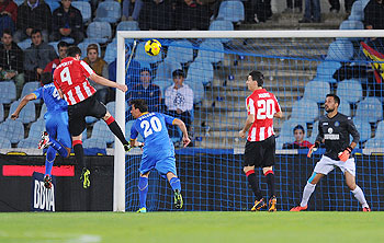 Aymeric Laporte (#4) of Athletic Bilbao scores his team's opening goal during the La Liga match against Getafe at Coliseum Alfonso Perez stadium in Getafe on Monday