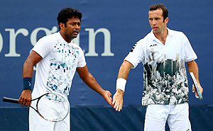 Leander Paes (L) of India and Radek Stepanek of Czech Republic