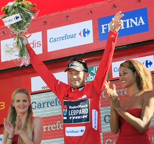 'Grandpa' Horner becomes oldest Grand Tour winner