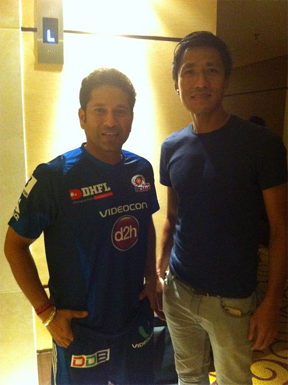Sachin Tendulkar with Indian footballer Gouramangi Singh