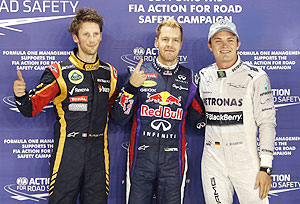 Vettlel on pole in Singapore GP