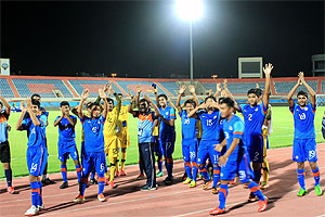 India players celebrate after their win