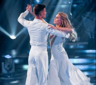 Abbey Clancy wins plaudits on 'Strictly Come Dancing' debut