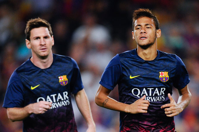 Lionel Messi and Neymar train