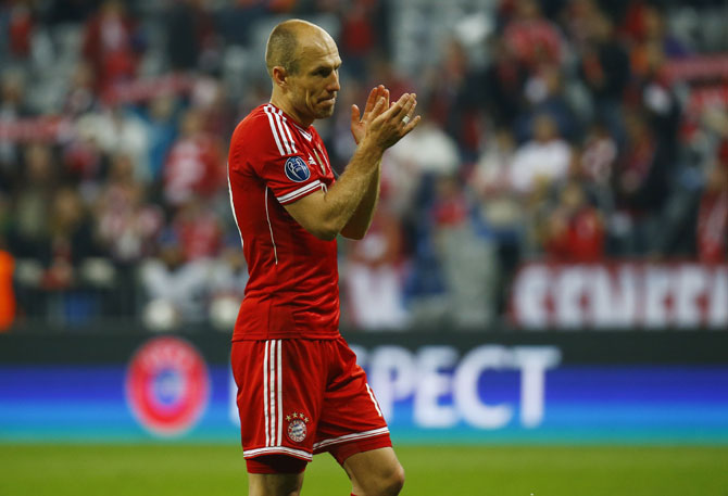 Bayern Munich's Arjen Robben reacts after losing the Champion's League semi-final second