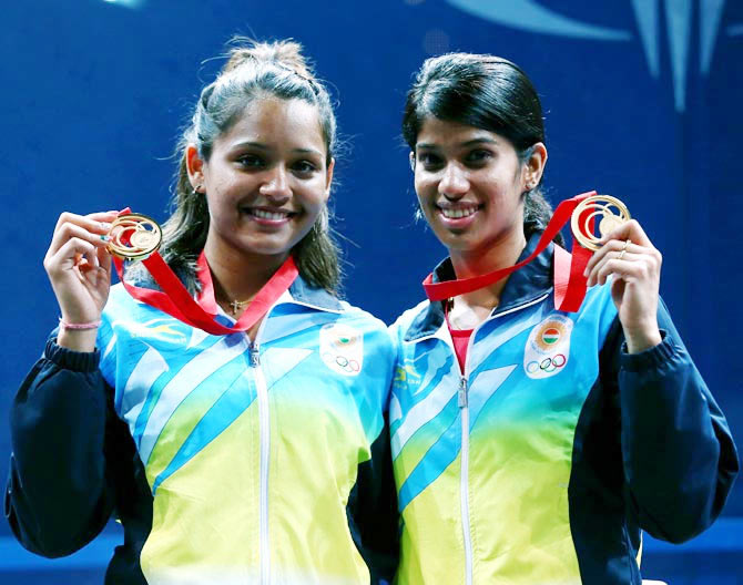 TN govt awards Rs.50 lakh each to Pallikal-Chinappa