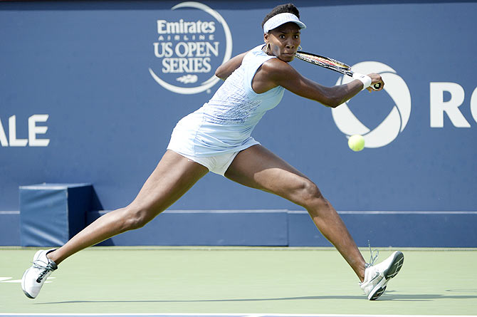 Venus Williams hits a backhand against Agnieszka Radwanska on Sunday
