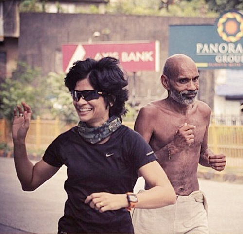 Sayuri Dalvi gestures as Vishwanathan Jayaraman runs