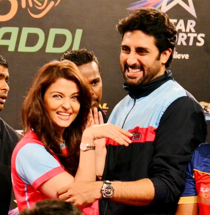 Abhishek Bachchan, right, with wife Aishwary