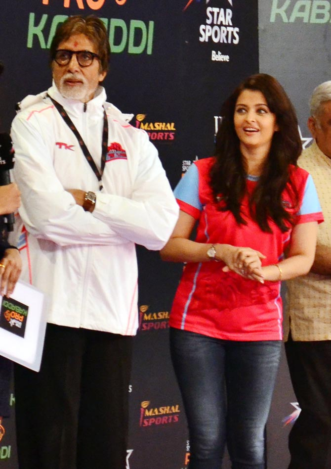 Amitabh Bachchan, left, with Aishwarya
