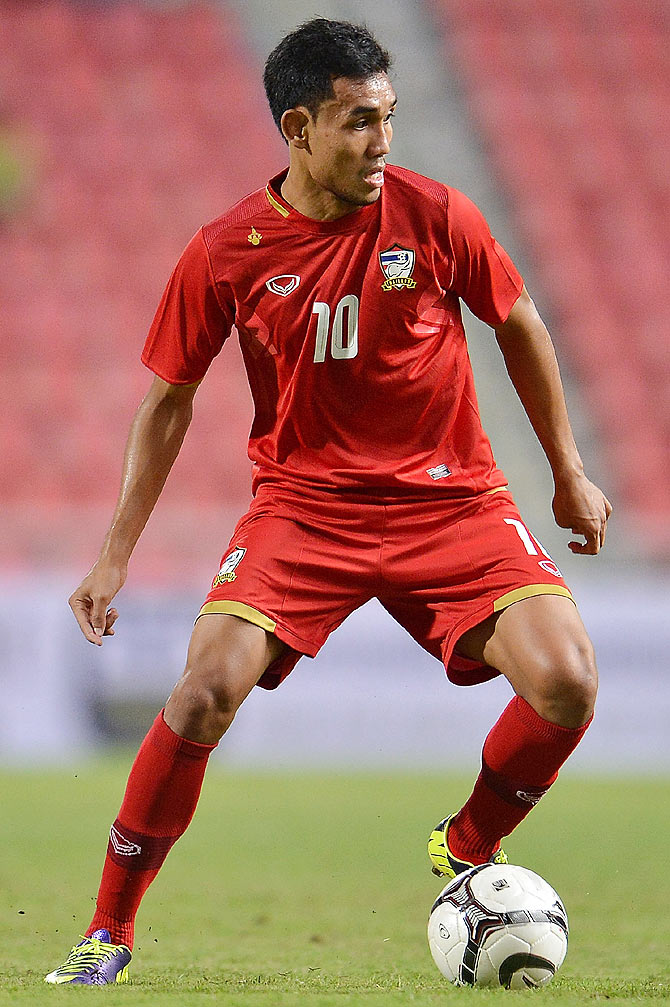 Teerasil Dangda of Thailand