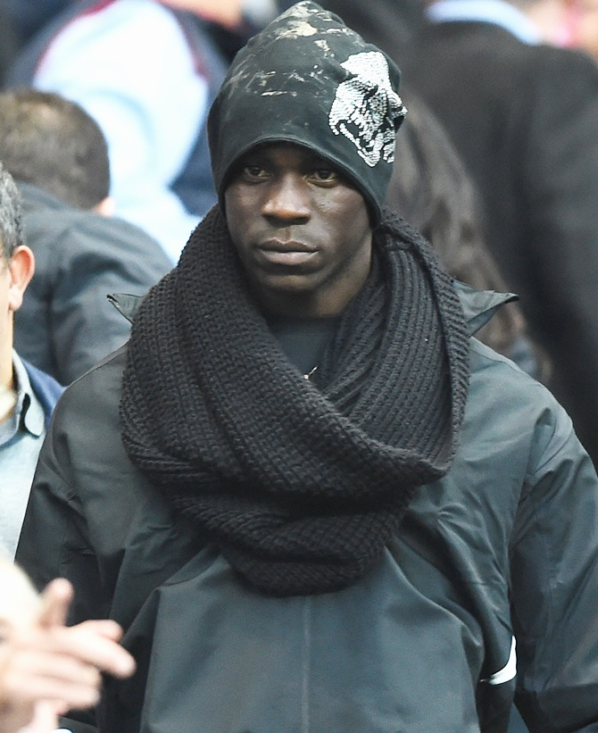 Mario Balotelli of Liverpool looks on prior to the Barclays Premier League match   between Manchester City and Liverpool at the Etihad Stadium