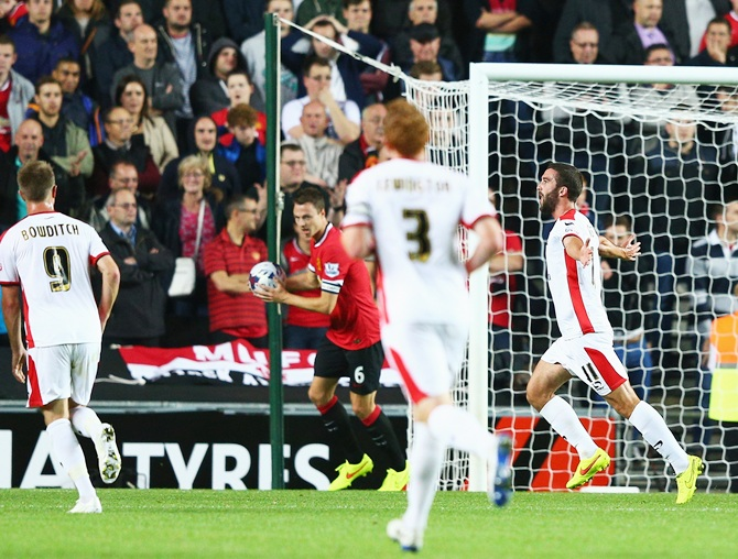 League Cup: MK Dons humiliate Manchester United