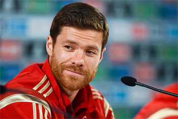 Rediff Sports - Cricket, Indian hockey, Tennis, Football, Chess, Golf - Bayern complete two-year deal for Real's Alonso