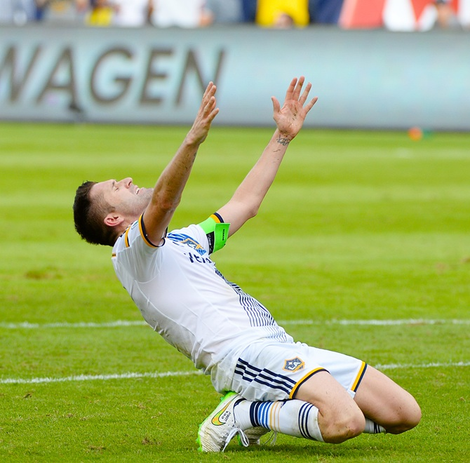 Robbie Keane of the Los Angeles Galaxy reacts
