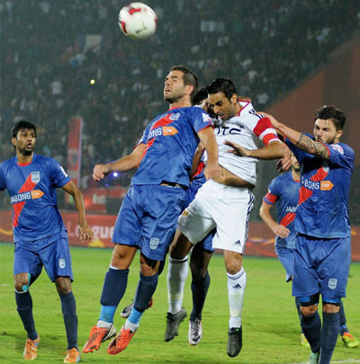 ISL - NorthEast vs Mumbai