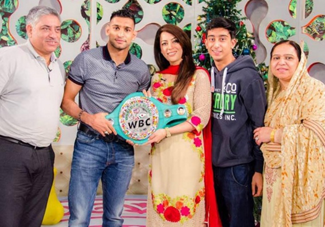 Boxer Amir Khan with his family at the morning show in Islamabad